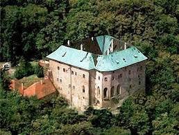 Le château de Houska 143913853_1359814549